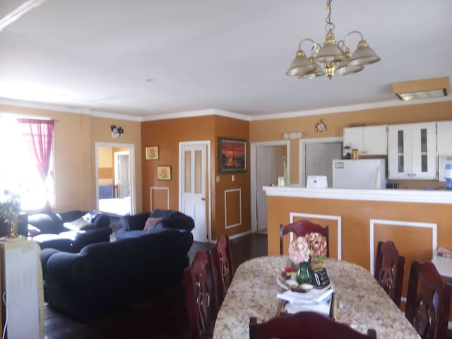 The spacious 4 bedroom/ 5 bed home. Great for large families looking to get away in an new exotic place.
