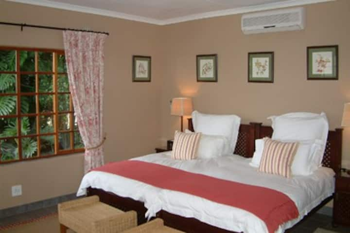 Plumbago Guest House Suite #1