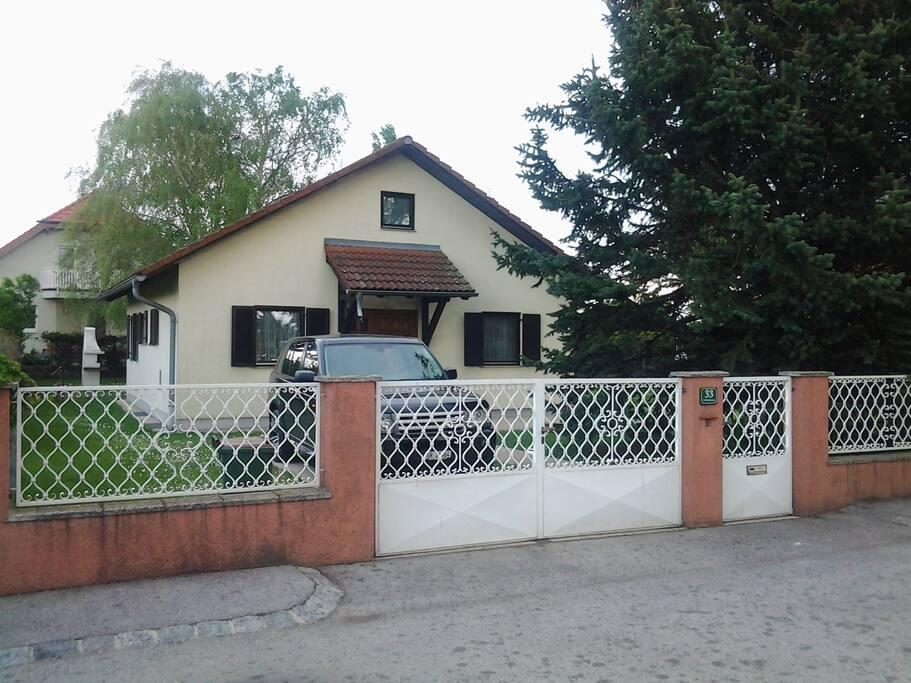 Haus von Eingangsseite