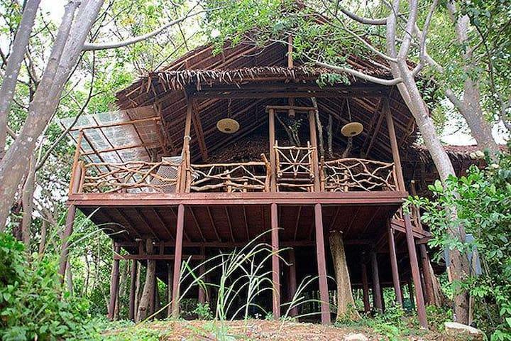 Natural Hut Makmai 1 B near beach on Phi Phi - Phi Phi Islands - Apartament