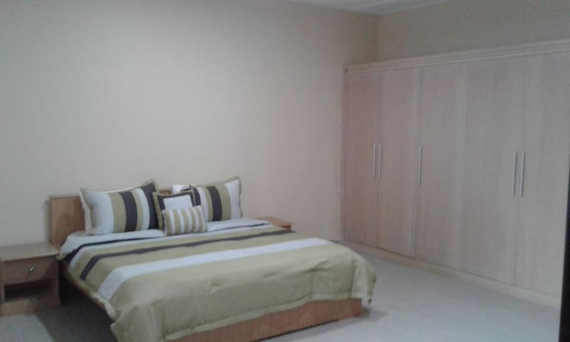 Tesano Gardens 2 Bedroom House - Accra - บ้าน