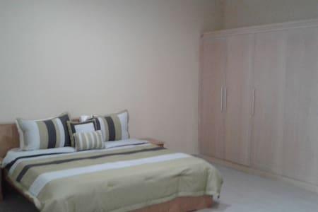 Tesano Gardens 2 Bedroom House - Accra - Dom