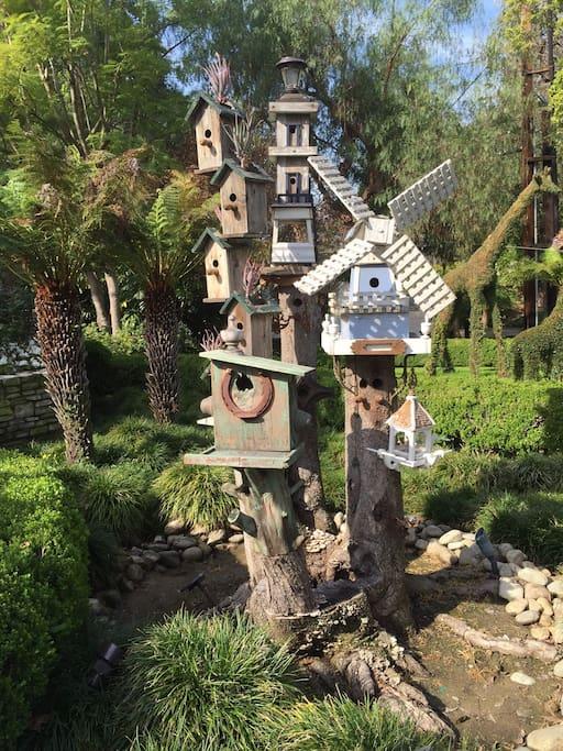 The KenCott Manor Bird House Village