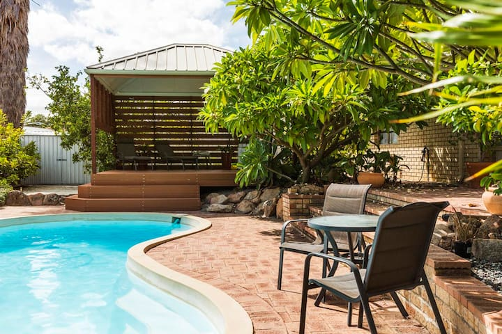 Spacious bungalow in lovely neighbourhood - Winthrop - Casa