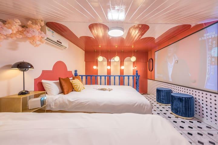 【肆·月天】外滩附近 /超值LOFT房,3室1厅4大床 /南京东路地铁站,豫园