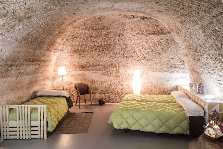 Casas Cuevas Rurales Bardeneras