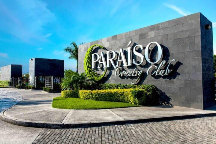 Depa de Lujo Club de Golf Paraíso Country Club