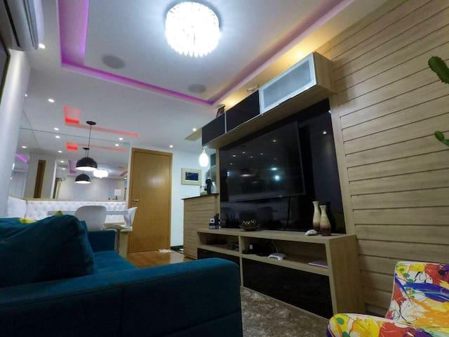Fantástico Apartamento completo, 2 quartos, suíte