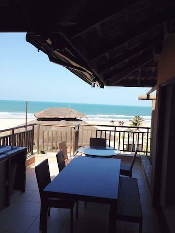 Casa de Praia, 8 pessoas, Vista ao Mar Beach Place