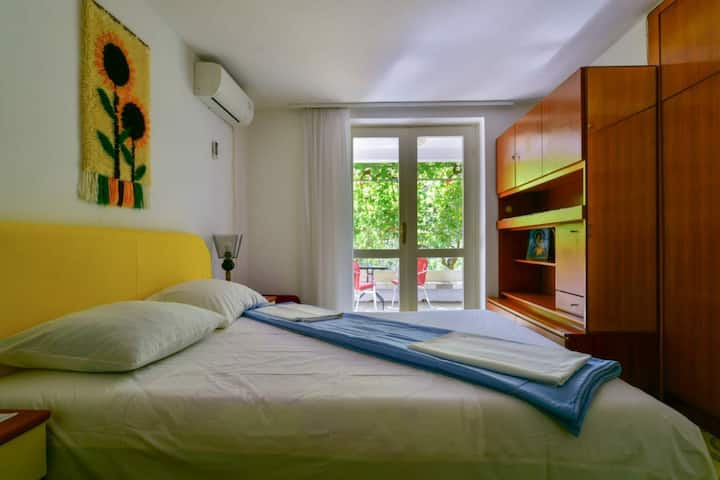 1. Lovely Relaxing Room, 250 meters from the beach