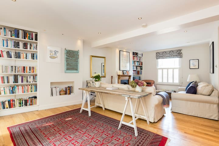 Beautiful 2-bed house in Battersea - Londres - Casa