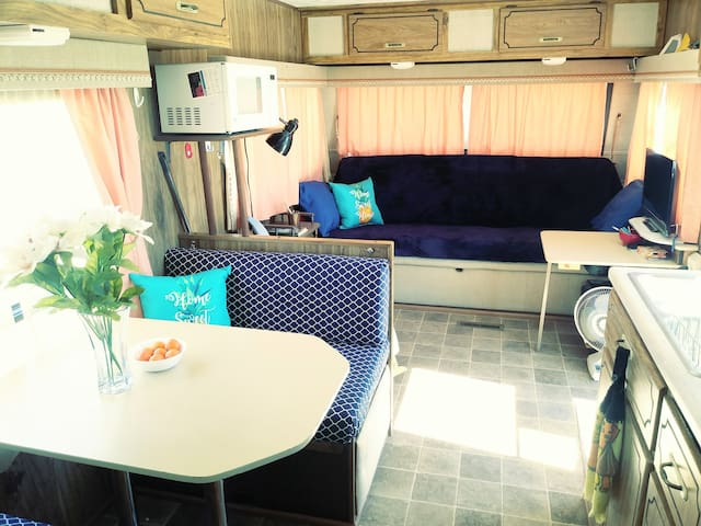 RV on large quiet lot in Yuma Foothills