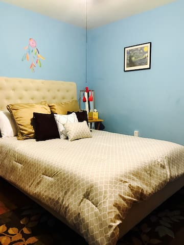 Blue bedroom with queen size bed. - North Charleston