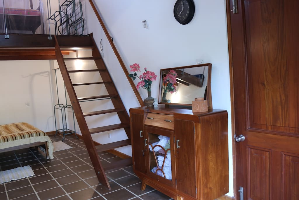 Dressing table and steps to the attic
