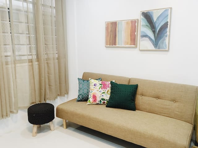 Cozy Newly Renovated 2BD Apartment - Quezon City - Appartement