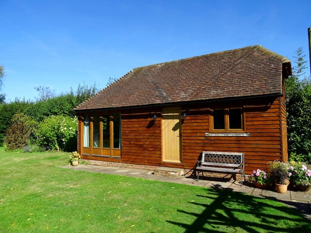 Newly refurbished barn in rural location - Ringmer - อพาร์ทเมนท์