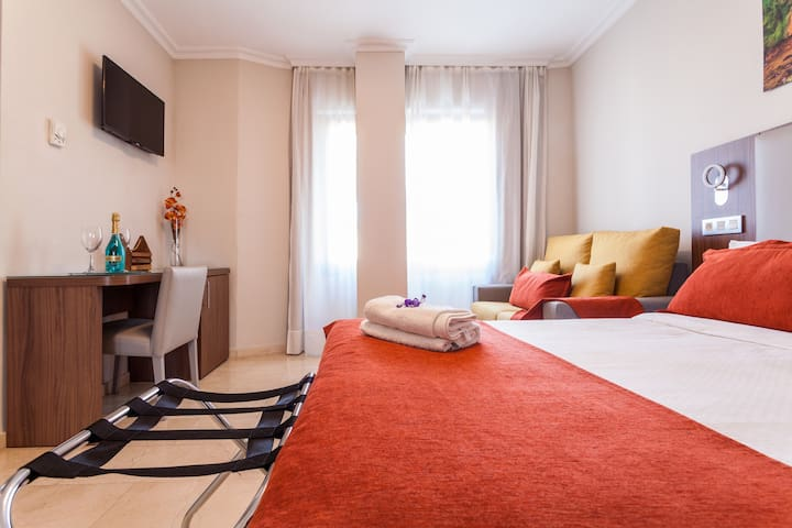 Nice and new apartment in Triana