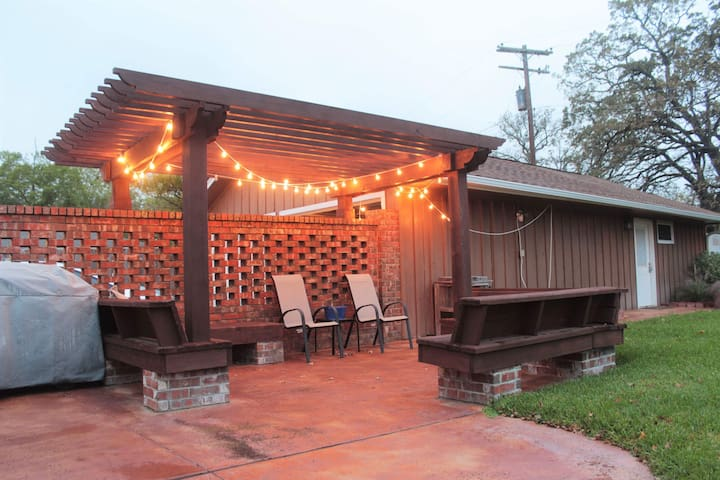 Lights on in the Pergola area.