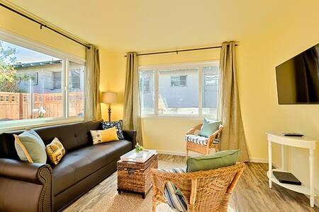 #246 - Sand Dollar Cottage - San Diego
