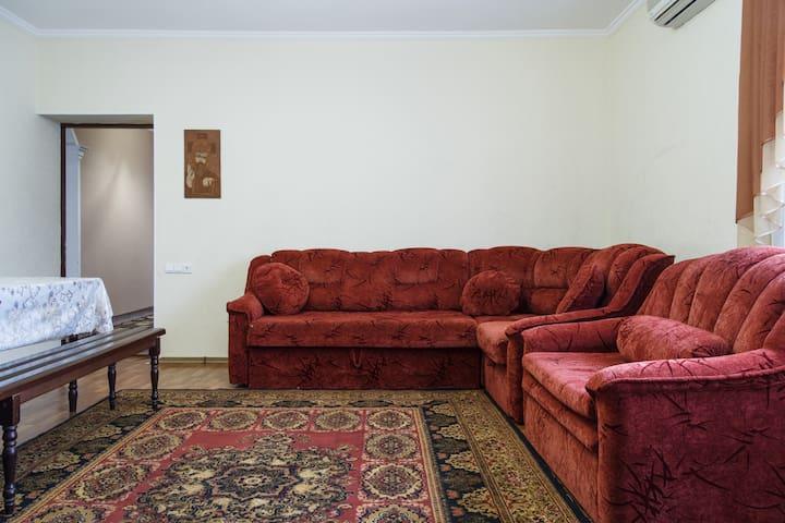 Частный дом в городе - Миколаїв - Casa