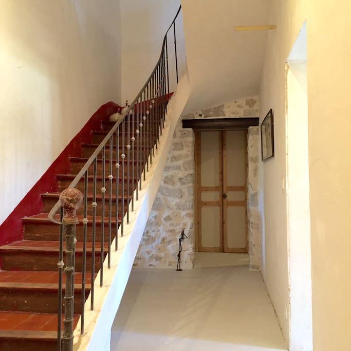 Escalier traditionnel provençal classé