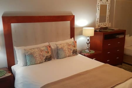 Bay View Overnight Accommodation - Room 4 - Ciudad del Cabo - Bed & Breakfast