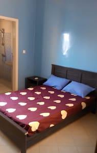 Studio meublé propre a sacre coeur - Dakar