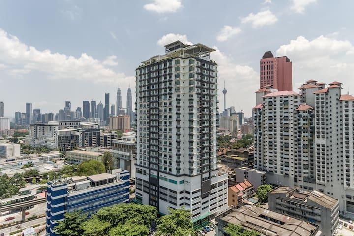 Prices Slashed! - 2BR Vue Residence, Kuala Lumpur