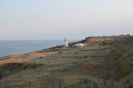 сдам уединенный дом у моря - Chornomorsk
