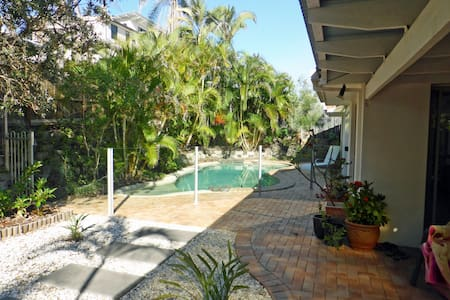 14 Daybreak Court - Castaways Beach - Hus