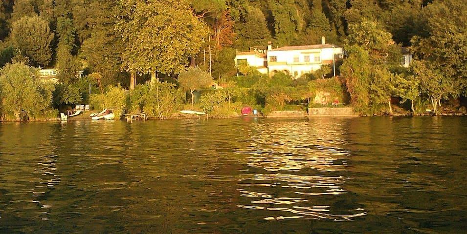 B&B Panorama - Villa in the Park on Bracciano lake