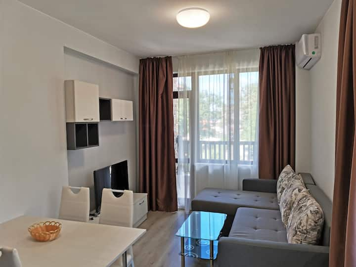 Family Apartment for Short-Term Vacation