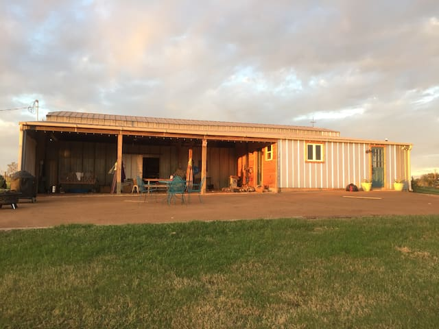 Come live in a barn- 2 separate areas built out- great for 2 families.