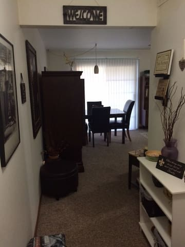 1 Bedroom  Spacious Suite with 2 Full Bathrooms - Wyoming
