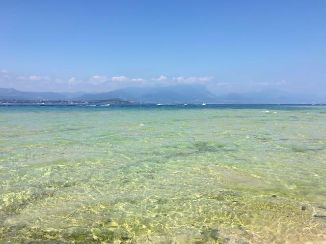 Acqua cristallina di Sirmione The Best water on Garda Lake