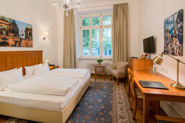 Superior Zimmer im Hotel Brandies nahe Messe