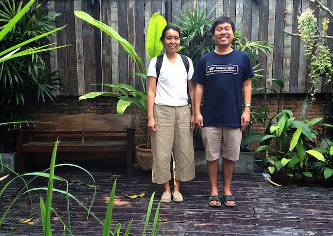 Thai family life - Bangkok - Townhouse
