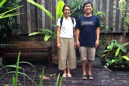 Thai family life - Bangkok