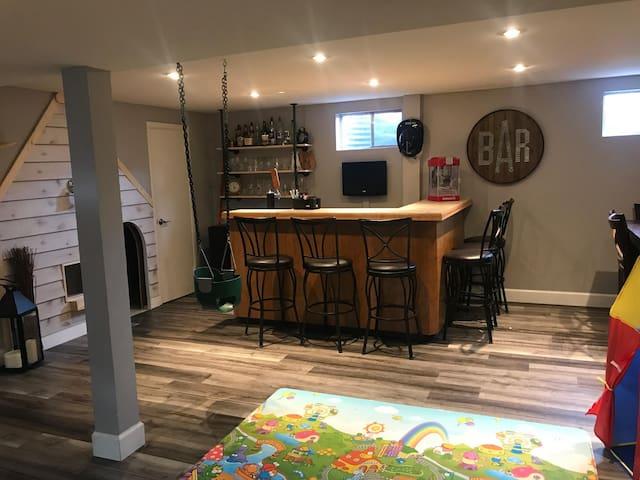 Private Basement Bedroom in Lakewood