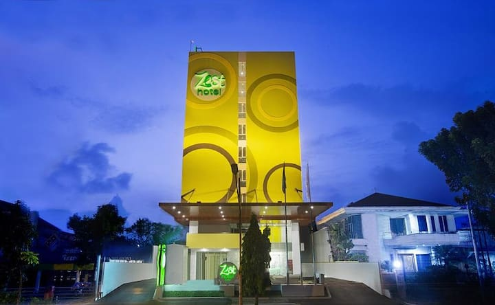 Compact Room at Bogor by Zest Hotel