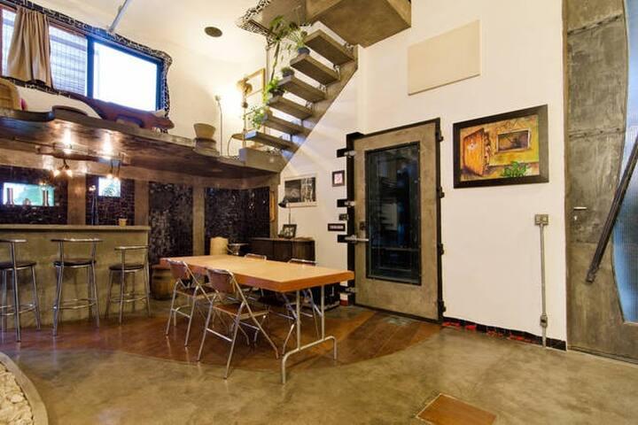 Vila Madalena: Artistic Central Loft with a View
