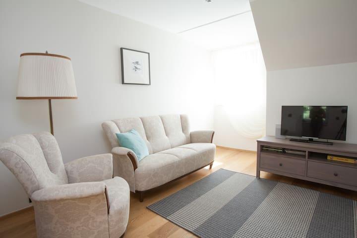 EXCLUSIVE LOCATION Valgevilla apartment *SEA*