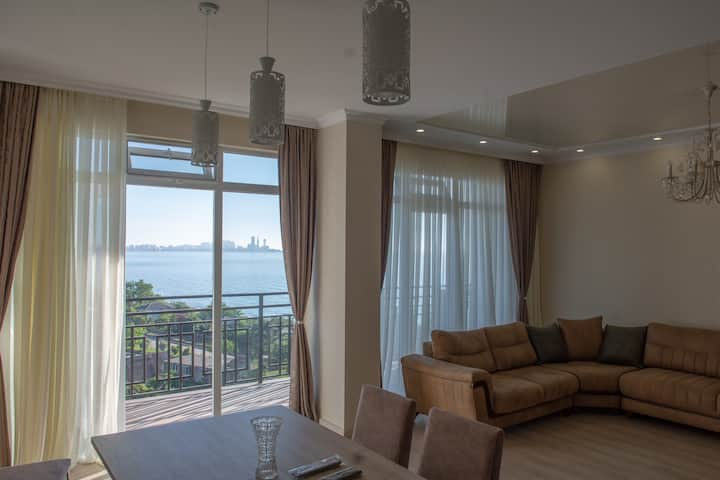 Huge Luxurious Modern Apartment 50m To The Beach