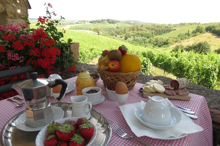 Piccola Villa- Breakfast & Optional Cooking Class - Monti - Villa