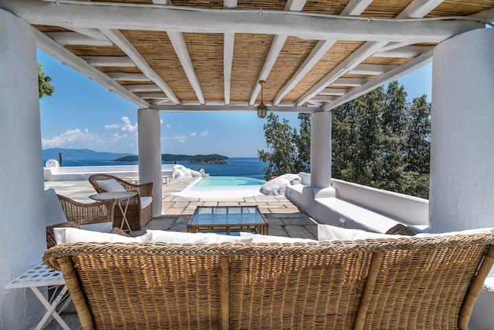 Dream Property Beach, Pool &Jacuzzi