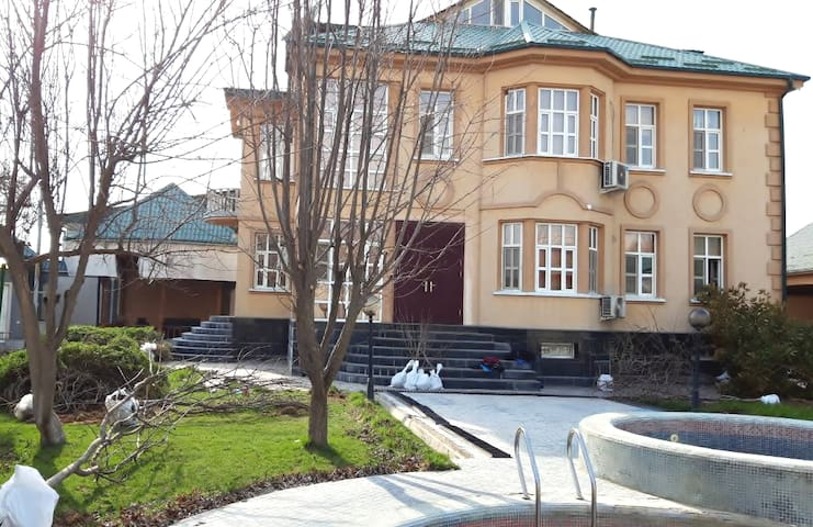 Unique luxury villa for pleasant stay in Dushanbe