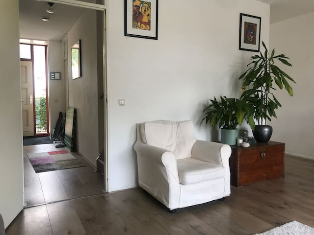 Grote woning-3 slpkmrs-max 7🛏 €24pppn of €129🏡excl