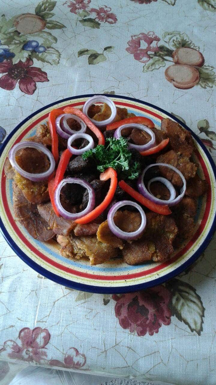 Fried plantains platter.