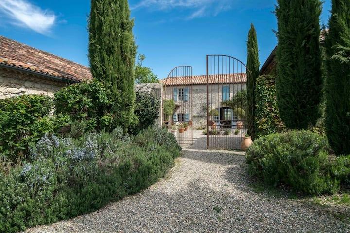 Chez Anna at Occitanie