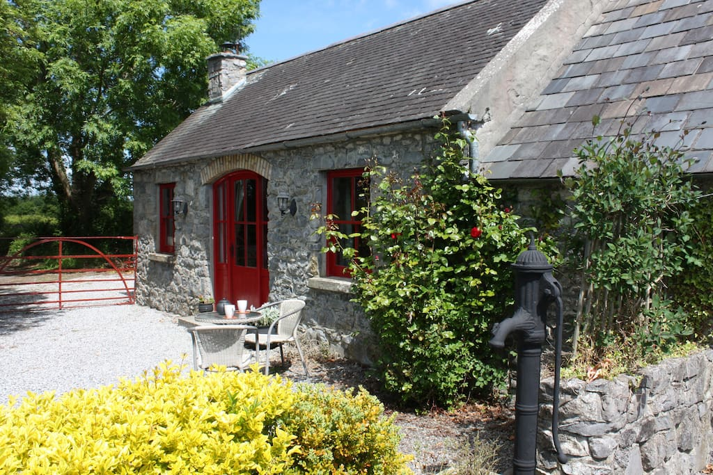 granary cottage for two h uschen zur miete in terryglass tipperary irland. Black Bedroom Furniture Sets. Home Design Ideas